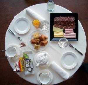 Desayuno en Hotel restaurante Mar de Olivos