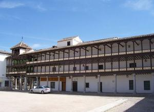 Tembleque, Plaza Mayor; de Janso | Wikimedia Commons